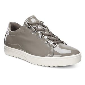 Ecco   Gray Patent Fara Tie Shoe